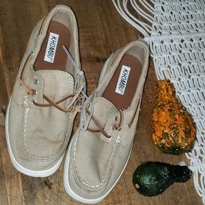 NWOT KHOMBU loafers